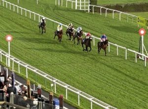 which bookies pay first past the post on horse racing bets?